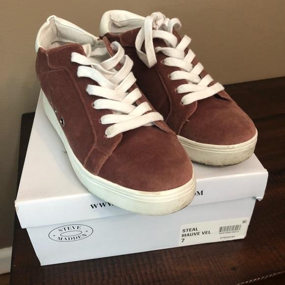 cc509370e72 Steve Madden Shoes - Steve Madden sneakers - Steal - Mauve Velvet